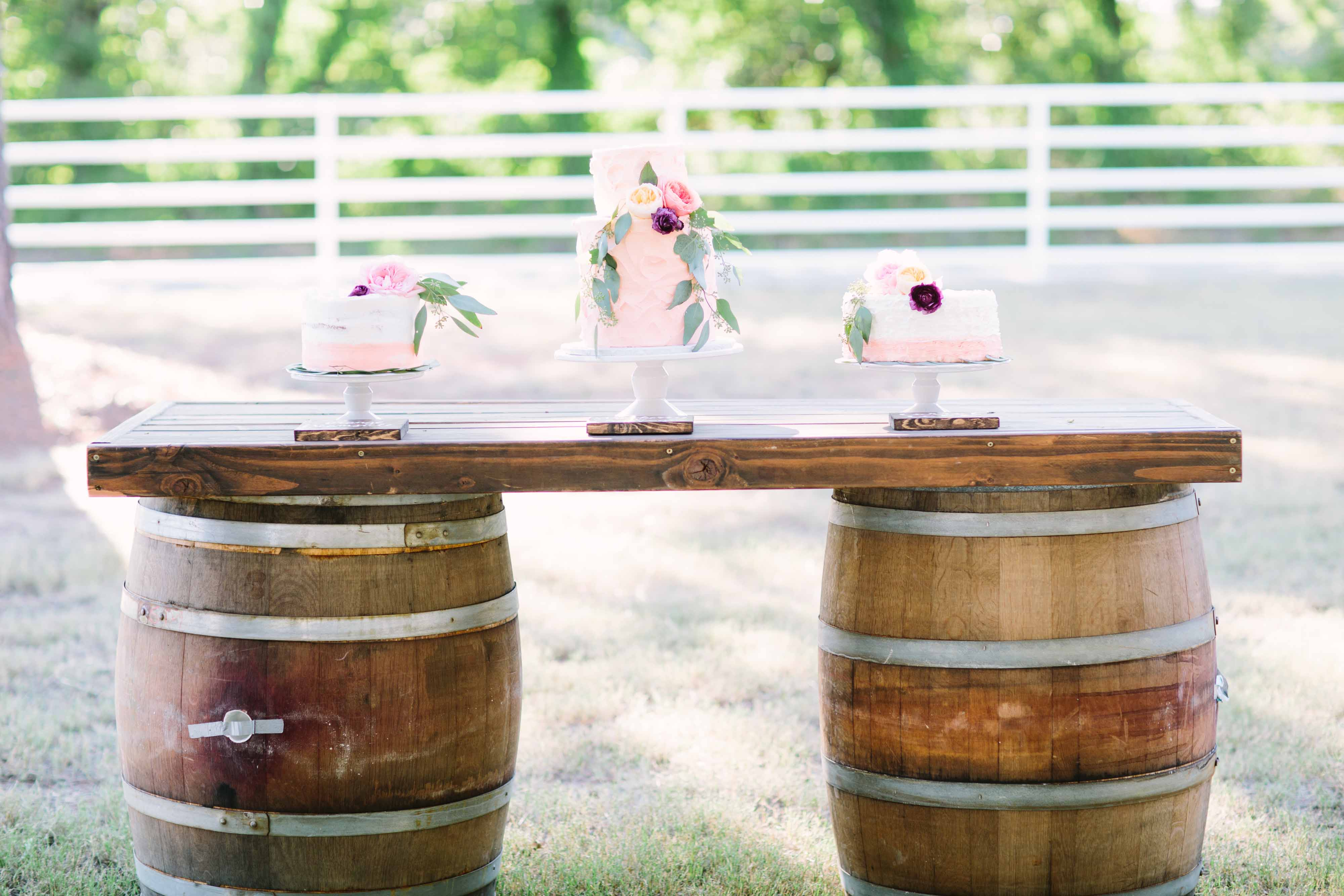 Home Tables And Chairs Whiskey Barrel Table